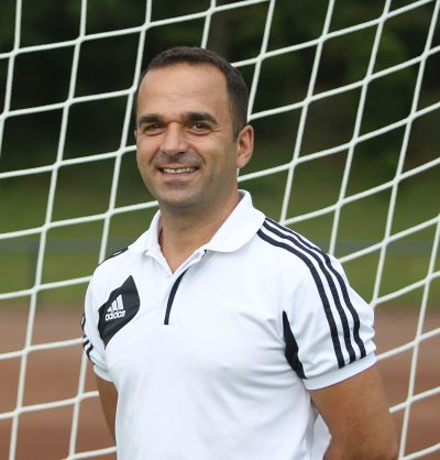 Co-Trainer Savas Saridogan